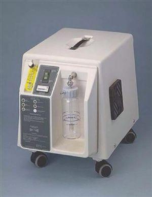 Concentratore d'ossigeno con sensore per ossigeno