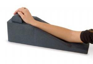 Riposa braccio con impugnatura